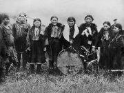 Предметы культа и одежда шаманов - на выставке