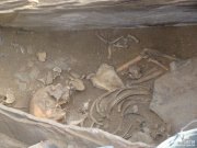 """В """"Долине царей"""" найдено захоронение женщины с украшениями"""