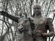 В Москве открыли памятник Манасу