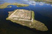 Пор-Бажын: кто построил крепость посреди озера