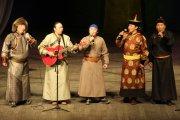Большим праздничным концертом в Национальном театре Тувы завершился День тувинского языка